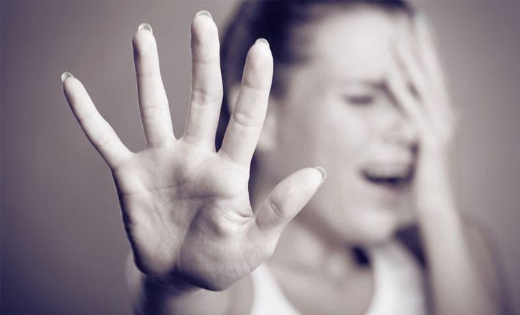 País necesita avanzar en prevención de violencia contra mujeres, según Defensoría