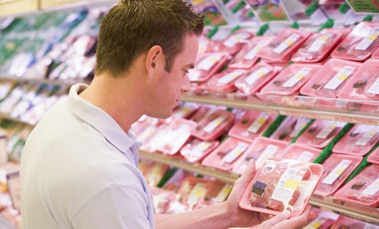 Consumidor aumenta confianza en último trimestre
