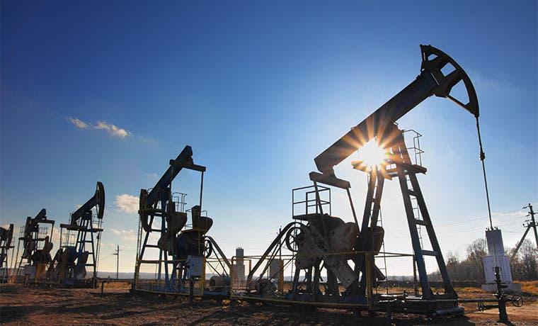 Reacción colombiana a baja del crudo: más subastas, menos reglas