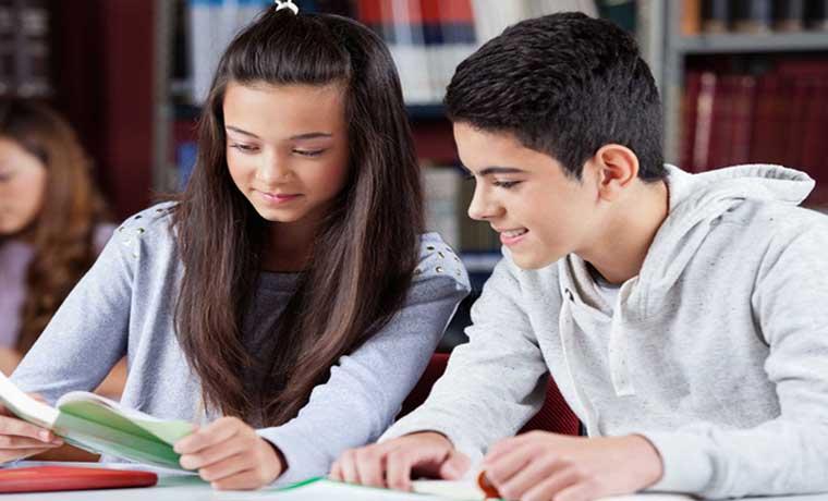 Escolares ticos entre los mejores lectores