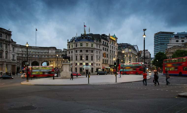 """Casas """"estúpidamente"""" caras en Londres causan frustración"""