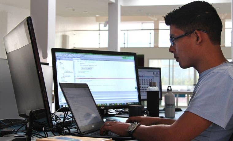 Empresa de tecnología amplía operaciones y busca ingenieros