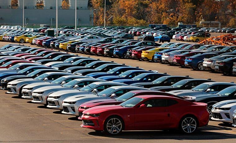 Venta de autos en EE.UU. se dispara gracias a múltiples ofertas