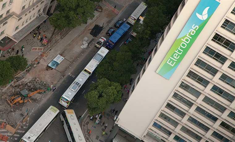 Escándalo de Petrobras en Brasil sacude el sistema