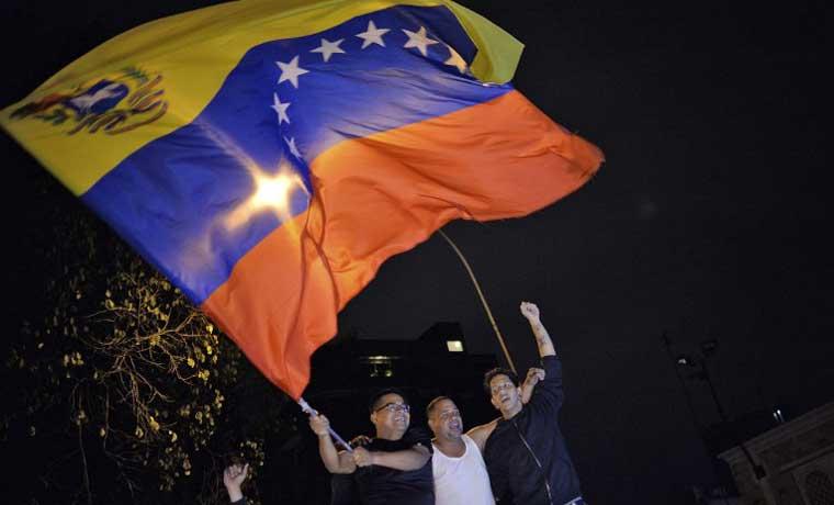 Oposición en Venezuela obtiene mayoría por primera vez en 16 años