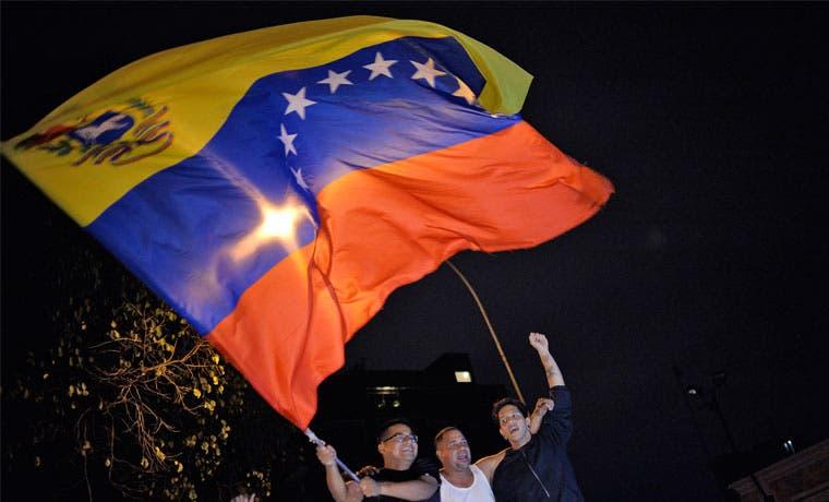 Venezolanos celebrarán resultado en Plaza de la Cultura