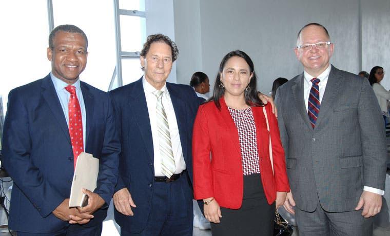 U Hispanoamericana recibió reconocimiento de la región en simulación clínica