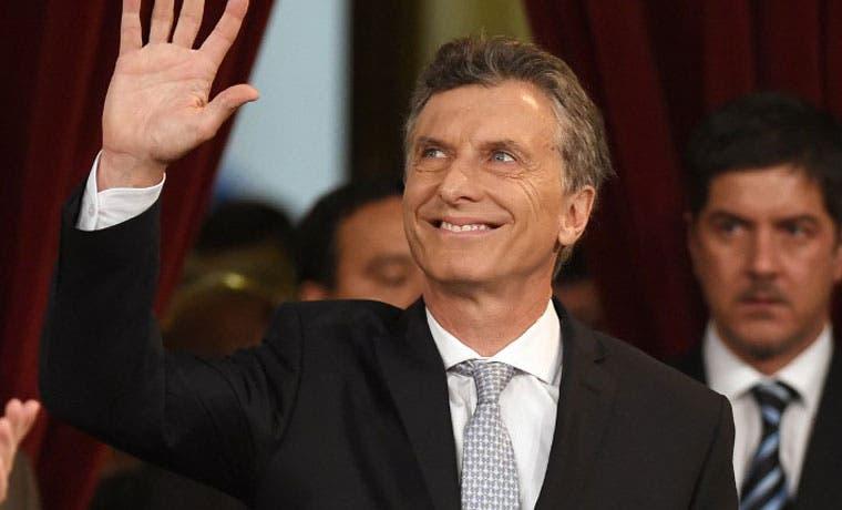 Nuevo presidente argentino gobernará con minoría en el Congreso