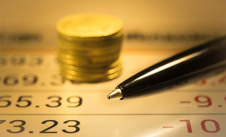 Desplome en materias primas mantendría inflación baja