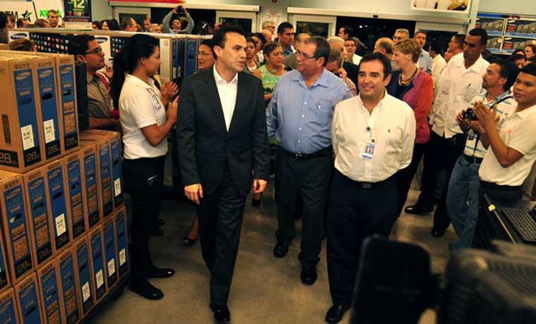 Walmart abre primera megatienda en Nicaragua con inversión de $17 millones