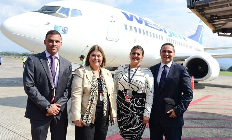 WestJet inauguró dos rutas que conectan Costa Rica con Canadá