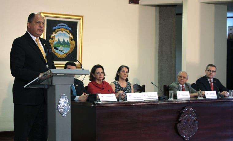 """Solís: """"Gobierno de Chinchilla realizó en su momento una decisión soberana"""""""