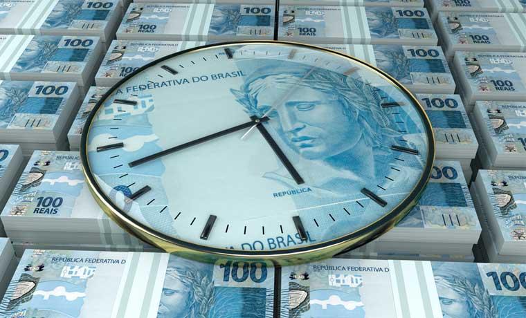 Brasil debe pagar bonos apenas inicie el 2016