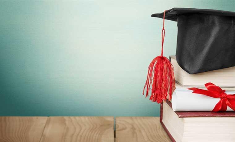 Más profesionales quieren una maestría