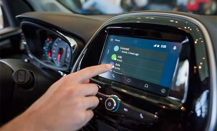 Google sumaría los autos sin conductor a la empresa Alphabet