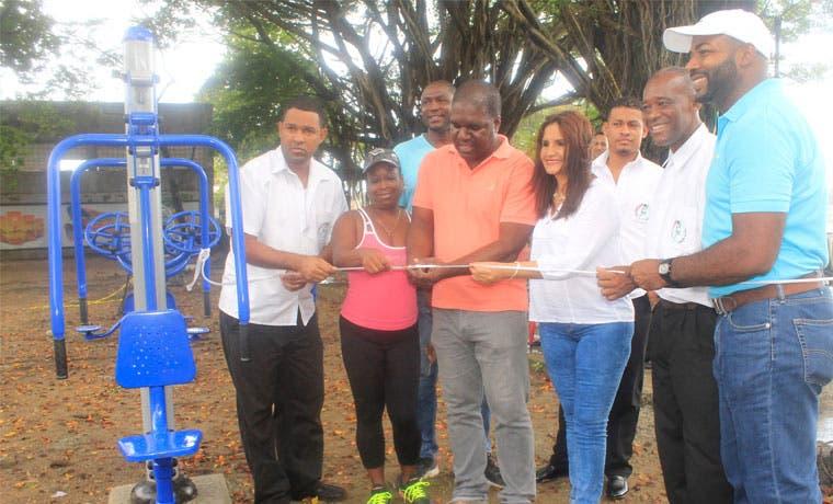 Inauguran primer parque biosaludable en Limón