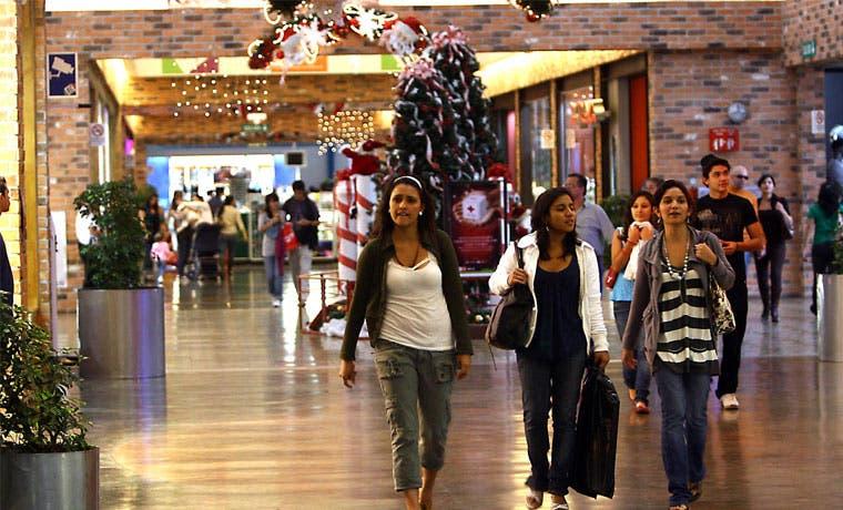 Conozca los horarios de los centros comerciales en estas fechas