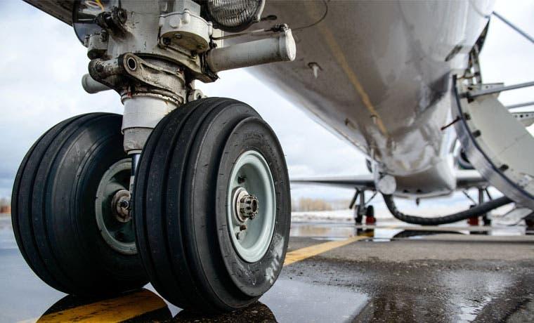 Renovación de aviones regionales de Embraer avanza según cronograma