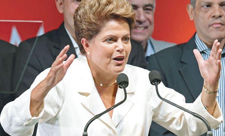 Brasilia queda desierta y el futuro de Rousseff, en suspenso