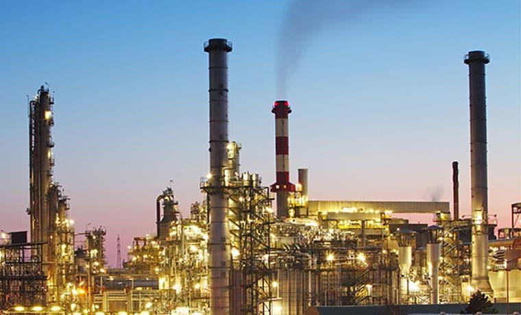 Suministro de petrolero iraní enturbia recuperación de precios