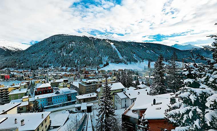 Esquiar sobre rocas, la nueva normalidad con el cambio climático