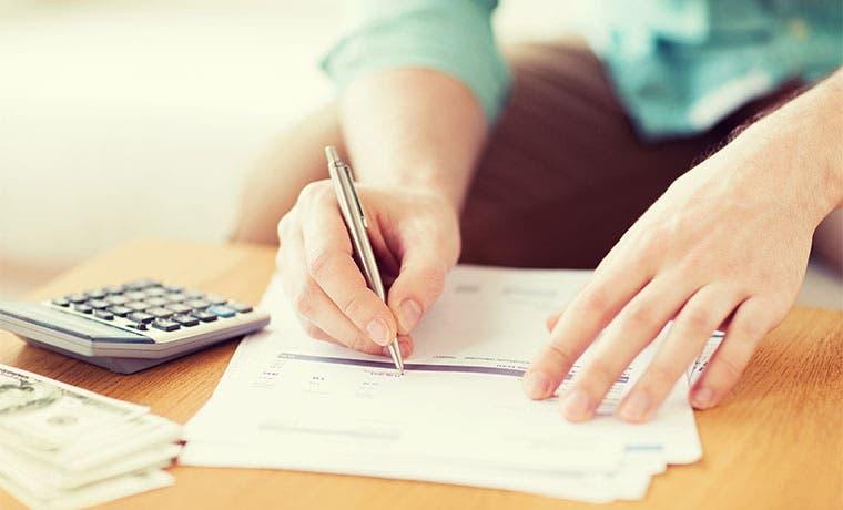 ¿Cómo elaborar un presupuesto familiar?
