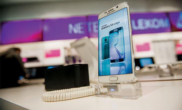 Samsung advierte sobre desafíos e intensa competencia en 2016