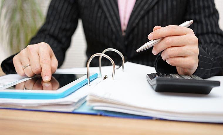"""Empresarios ven con """"recelo"""" urgencia de nuevos impuestos"""