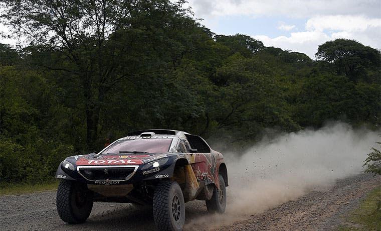 Loeb no da tregua en Rally Dakar