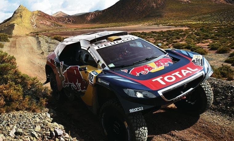 Peterhansel escala a segundo puesto de Rally Dakar