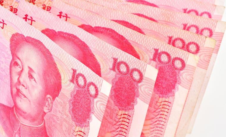 Caída del yuan provoca nueva suspensión de negociación en China