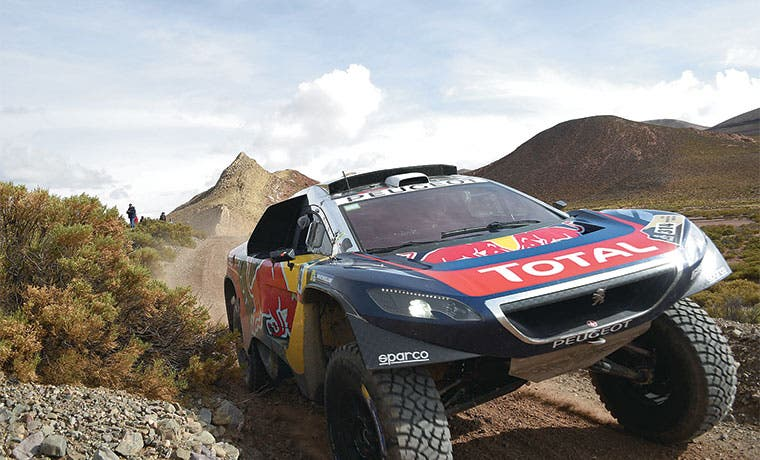 Loeb lanzado por el Dakar