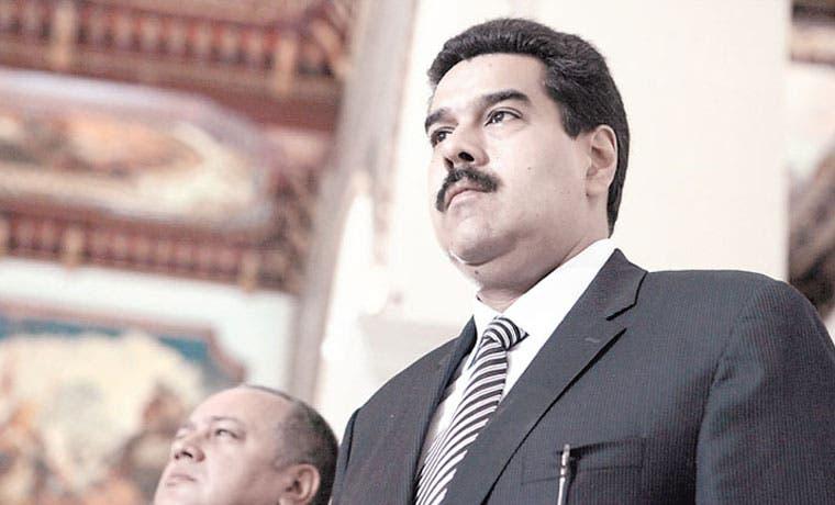 Diputados del PAC evitan censurar gobierno de Maduro
