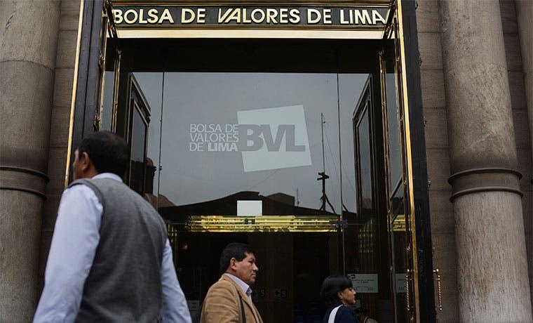 Mercado bursátil amenaza a economía peruana