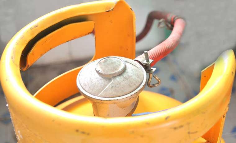 Freno al aumento para gas, búnker y asfalto