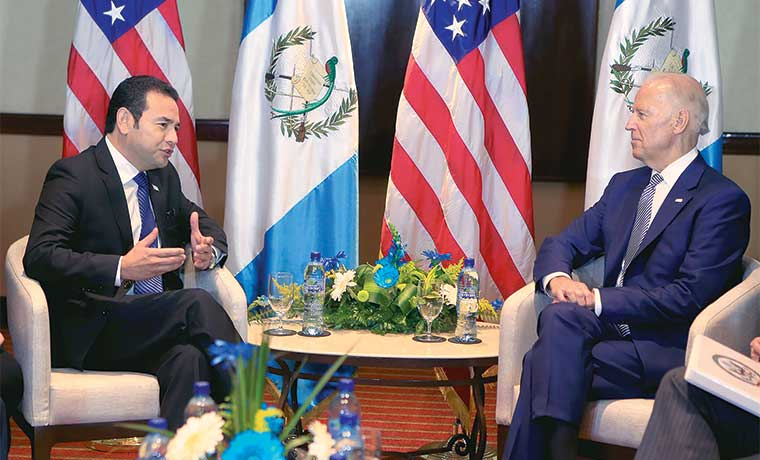Guatemala corre contrarreloj en pies de nuevo presidente