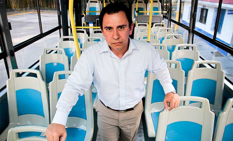 Autobuseros iniciarán pago electrónico