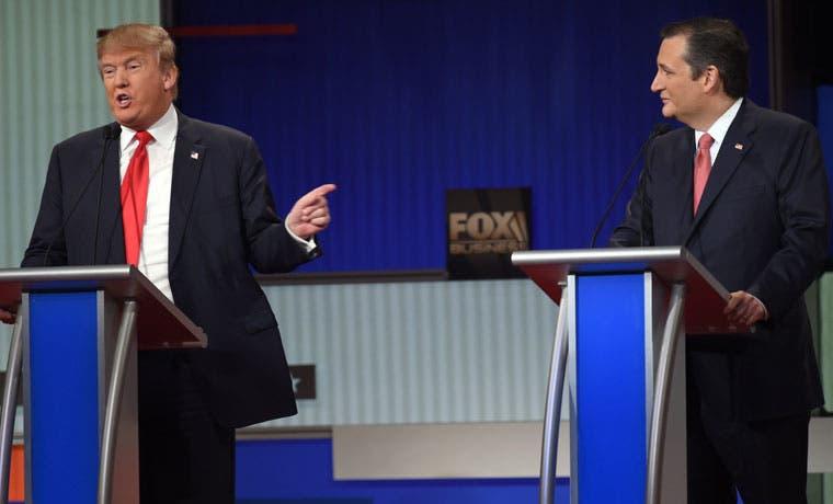 Cruz pone fin a tregua con Trump durante el debate antes de Iowa