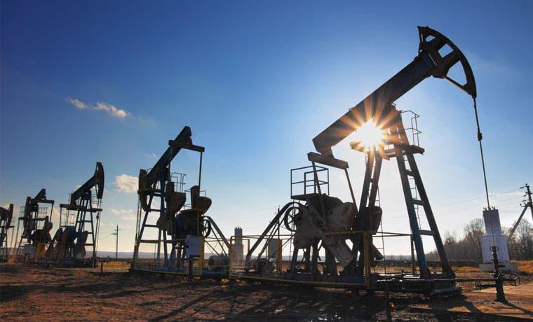 OPEP espera una disminución más profunda de la oferta de sus rivales