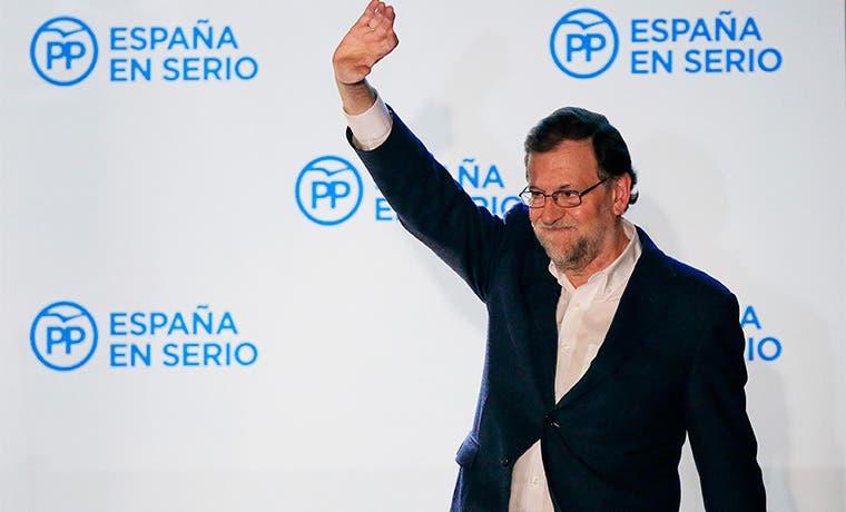 Rajoy: Partido Socialista hará tratos con cualquiera por poder