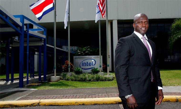 Intel abre 60 plazas para inicio de año