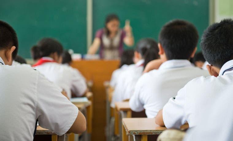 Gobierno pagará mañana ¢158 mil millones en salario escolar