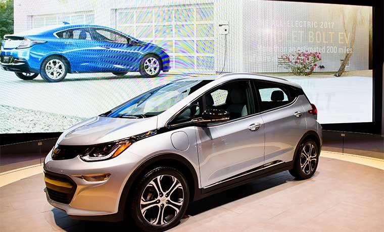 GM lanza nueva marca Maven para competir con Uber y Zipcar