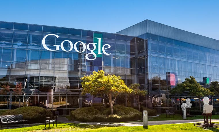 Google paga a Apple para mantener la barra de búsqueda en iPhone