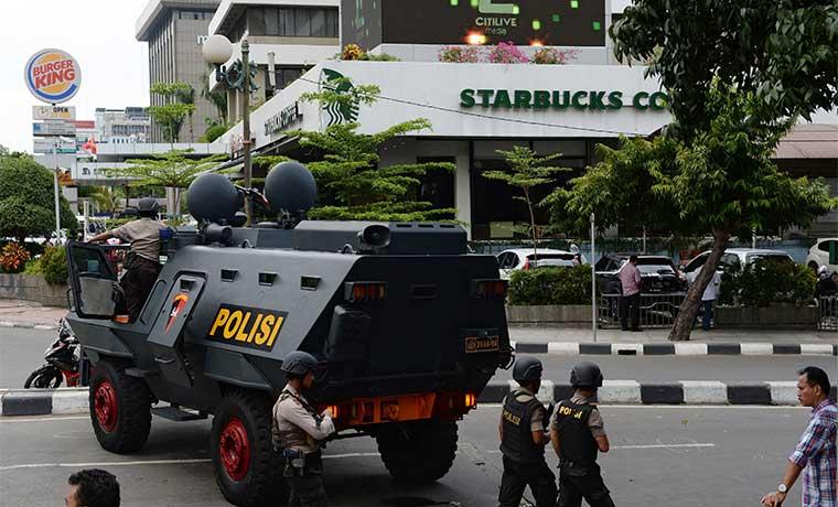 Starbucks culpa a los ataques en París de afectar las ventas europeas