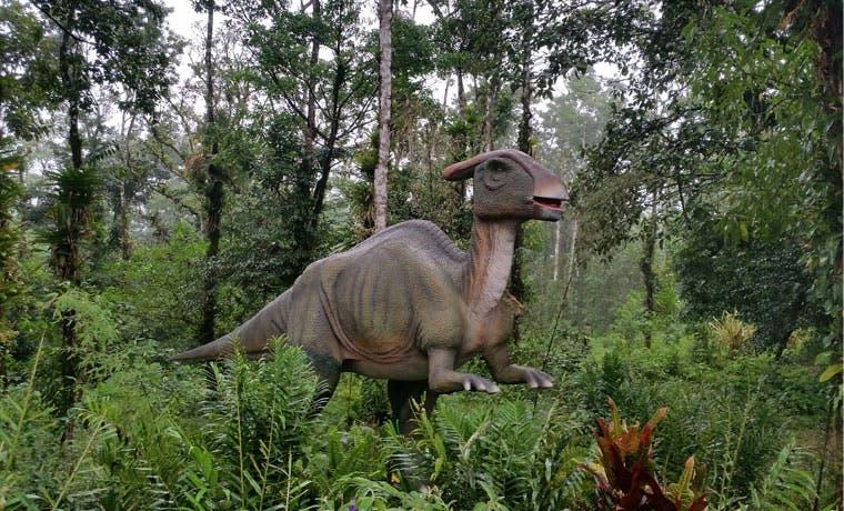 Primer parque de dinosaurios abrió sus puertas este fin de semana