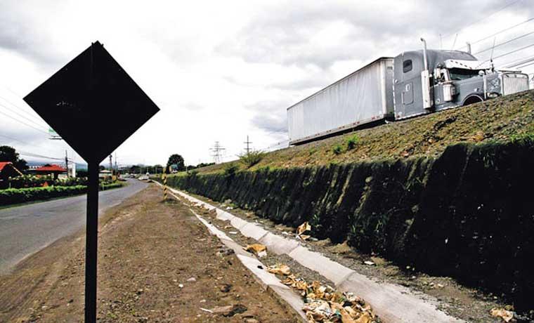BCR y Bancrédito presentaron ofertas para financiar vía San José – San Ramón