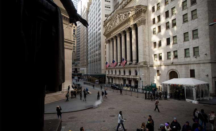 Mercado bancario bajista desmiente un 2016 de dinero fácil