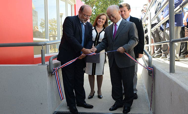 UCR inaugura edificio para laboratorios de física médica