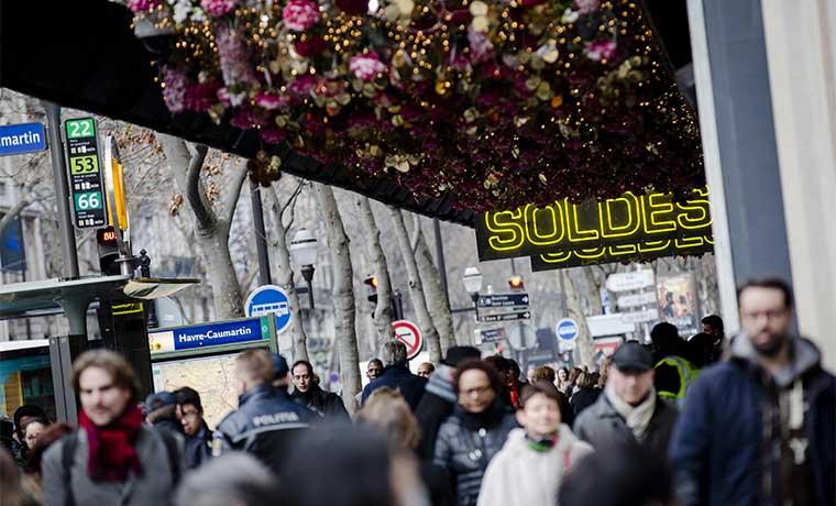 Confianza económica de eurozona cae a nivel más bajo